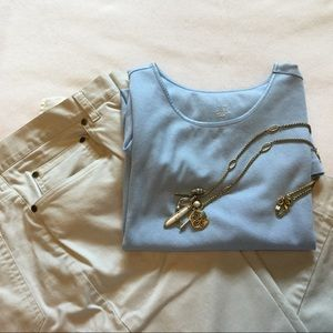 CAPRI  PANTS IN A VERY LIGHT CREAM.EXCELLENT COND.